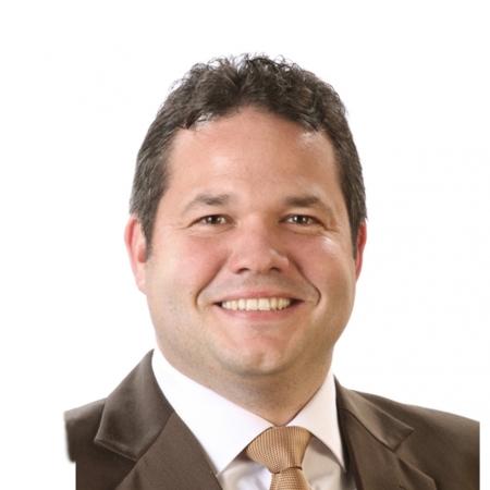 Dipl.-Betriebswirt Oliver Hezel